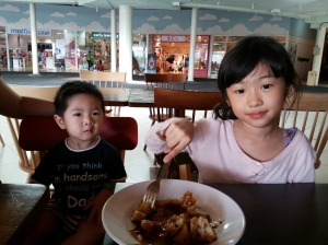 cece  eci semakin craving for a little sister/brother :(